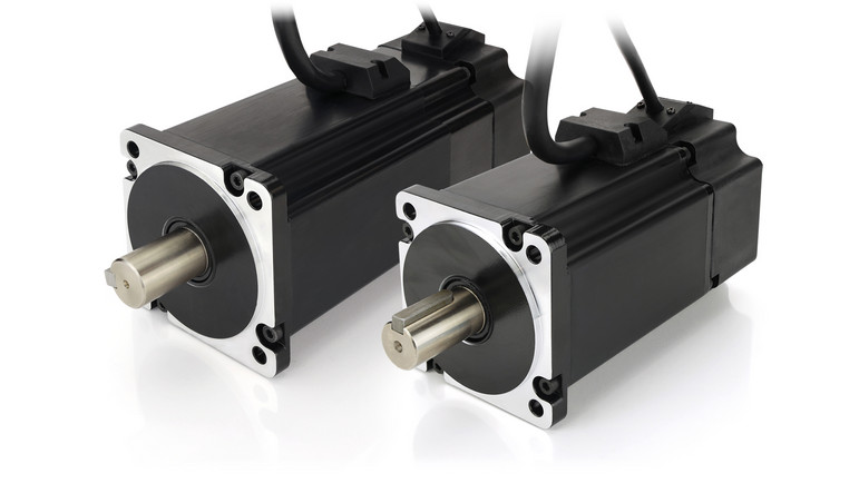 80 mm flange brushless motor with integrated 3-channel-encoder and halls. IP65
